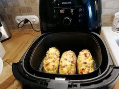 Filled grilled potatoes from Philips' Airfryer XXL in around 30 minutes - Delicious Recipes 5 Ingredient Crockpot Recipes, Healthy Crockpot Recipes, Delicious Recipes, Quick Easy Meals, Easy Dinner Recipes, Ground Beef Recipes Easy, Cheap Dinners, Air Fryer Recipes, Relleno