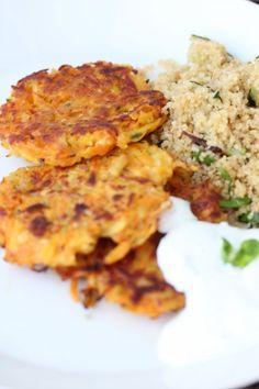 juurespihvit ja couscous Couscous, Quiche, Risotto, Vegetarian Recipes, Food And Drink, Meat, Chicken, Baking, Breakfast