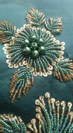 Couturier   Hohes Nähen - #Couturier #Hohes #nähen - #perlenstickerei Pearl Embroidery, Embroidery Leaf, Tambour Embroidery, Bead Embroidery Jewelry, Hand Embroidery Stitches, Embroidery Techniques, Simple Embroidery, Embroidery Fashion, Beginner Embroidery