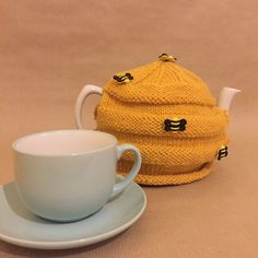 Bumble Bee Tea cosy by CelticKnittingCo on Etsy Handmade Shop, Handmade Items, Cute Presents, Celtic Art, Tea Service, Christmas Shopping, Gifts For Friends, Cosy, Random Things