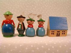 Lot Vtg Xmas Italy Tyrol Wood Putz Figures House Erzgebirge Village