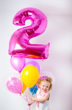 2 year old birthday portraits with balloons! // Tabulous Photography