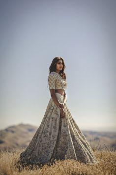 Sabyasachi White Bridal Lehenga | Indian Wedding in New Zealand | Indian Wedding Blog | Think Shaadi