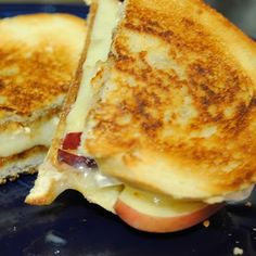 Grilled apple and brie