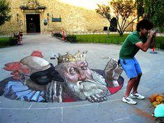 Trabalho do artista argentino Eduardo Relero, um dos grandes nomes da street art. #graffiti #ilusão
