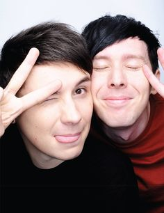 One of the pics from the new poster on the Dan and Phil shop