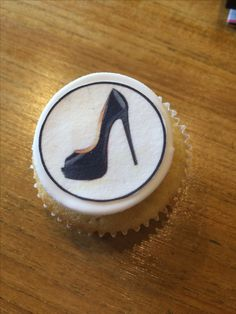 Coorperate logos on Mmmmcupcakes Dronfield