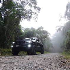 "Wk2Brazil_offroad no Instagram: ""@kbrazil_overlander @fury_rhino @jeep_xj_wk2_braziloffroad @instagrand.wk2_brazil @issa_wk2 @mundoffroad @hellhoundwk2…"" Grand Cherokee 2014, Grand Cherokee Limited, Jeep Xj, Issa, Offroad, Brazil, Vehicles, Instagram, Off Road"