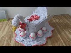 Cisne porta ovos de crochê/ PARTE 1 RECEITA da ELIENE SOUSA Knitted Animals, Crochet Stitches, Projects To Try, Baby Shower, Dolls, Rose, Crochet Carpet, Owl Bathroom, Crochet Leaf Patterns