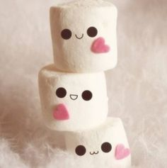 Kawaii Marshmallows - I just love their cute little faces Marshmallow Face, Marshmallow Pictures, Marshmellow Treats, Marshmallow Recipes, Cute Marshmallows, Favorite Color, My Favorite Things, Pastel Cupcakes, Everything Pink