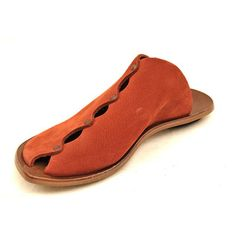 Women's CYDWOQ Slide *Slight color variations possible--call for leather-related inquiries.