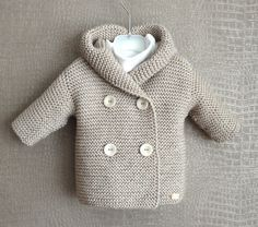 Give your baby a sweater with these simple knitting patterns for baby cardigans – ♥ Baby Cardigan Duffle Gr. months ♥ – one Baby Knitting Patterns, Baby Sweater Knitting Pattern, Baby Sweater Patterns, Knit Baby Sweaters, Baby Patterns, Crochet Patterns, Baby Cardigan, Cardigan Bebe, Tricot Simple