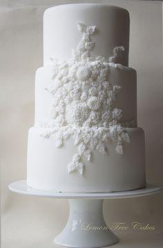 Beautiful Texture Relief White Wedding Cake