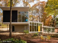 What's on the Market: Virginia   Journal   The Modern House
