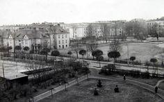 Zdjęcie z przełomu 1953 i 1954 roku, wille w latach 70. zostaną wzburzone pod budowę nowego teatru. Wille, Warsaw, Louvre, City, Building, Travel, Historia, Viajes, Buildings
