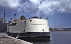 http://www.photoship.co.uk/JAlbum Ships/Old Ships M/index31.html