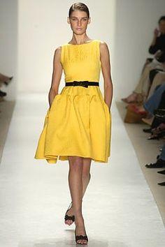 Oscar de la Renta Spring 2004 Ready-to-Wear Fashion Show - Oscar de la Renta, Eugenia Volodina