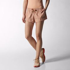 Shorts aSMC Yoga Feminino - Marrom adidas | adidas Brasil