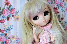 New wig ♥ Elsa, Hello Kitty, Disney Characters, Fictional Characters, Wigs, Disney Princess, Art, Art Background, Kunst