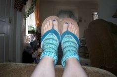 Pedicure Socks (WARNING:Picture of feet ;) - CROCHET - Ok, so I just realized that I should have just combined this with my last post to save space (sorry)I made these socks this morning (I've had som Crochet Socks, Crochet Patterns Amigurumi, Free Crochet, Craft Tutorials, Craft Projects, Yarn Crafts, Diy Crafts, Pedicure Socks, Body Shaming