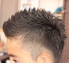 Haircut by kamo_barber http://ift.tt/1Webgb2 #menshair #menshairstyles #menshaircuts #hairstylesformen #coolhaircuts #coolhairstyles #haircuts #hairstyles #barbers
