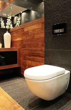 Mała łazienka - Dom