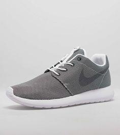 fd84c5f89bb9 172 best Roshe runs images on Pinterest   Nike shoes, Loafers   slip ...