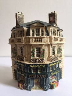 MINIATURE J CARLTON DOMINIQUE GAULT COLLECTIBLE FRENCH PARIS CANDY SHOP BUILDING