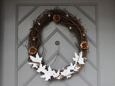 Make a Rustic-Modern Door Wreath >> http://www.diynetwork.com/decorating/make-your-own-thanksgiving-door-wreath/pictures/index.html?i=1?soc=pinterest