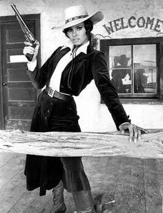 Raquel Welch dans 'Bandolero! (1968)                                                                                                                                                                                 Plus