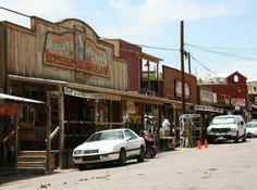 Oatman en la antigua Ruta 66 de Arizona - Estados Unidos