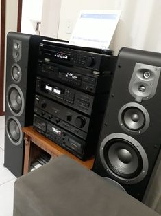 Home Theater Sound System, Home Theatre Sound, Hi Fi System, Audio System, Pioneer Audio, Sony, Audio Rack, Sound Studio, Audio Sound