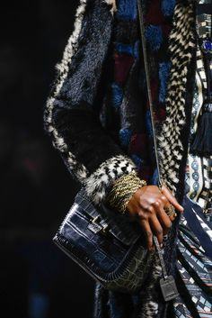 Lanvin Fall 2015 Ready-to-Wear Fashion Show Details