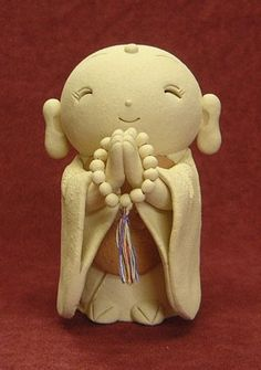 Haruka   What is a #Jizo statue? Jizo (Jizo Bosatsu) is a Buddhist bodhisattva who travels through six trans-migratory worlds on foot, and saves and comforts us. It is often Afound at the roadside as six Jizos, and it has been part of the Japanese landscape since ancient times. It is said that if you make a wish to a Jizo, (e.g. to be cured of a disease, to have a baby, to live long etc) your wish will be granted