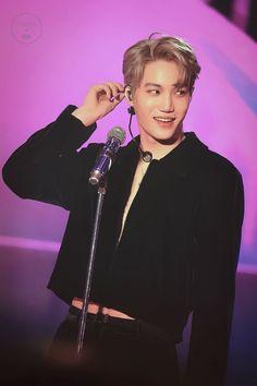 Love you zkdlin💖 Kim Jongin Exo, Chanyeol Baekhyun, Exo Kai, Kris Wu, K Pop, Rapper, Korean Boy, Kpop Exo, Exo Members