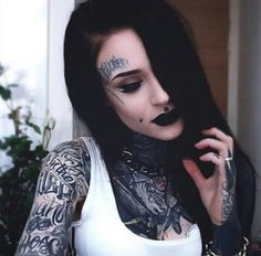 Get Inspired by tattoo girls Tattoed Women, Tattoed Girls, Inked Girls, Hot Tattoos, Girl Tattoos, Tattoos For Women, Monami Frost, Dark Beauty, Beauty Art