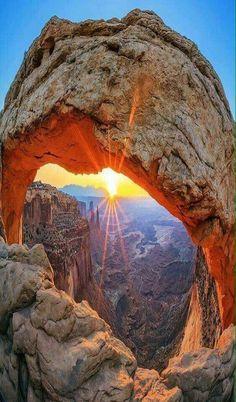 Mesa Arch in Canyonlands National Park near Moab, Utah