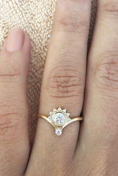 nice 20 Unique Engagement Rings for Your Unforgetable Moments  https://viscawedding.com/2017/03/22/20-unique-engagement-rings-unforgetable-moments/