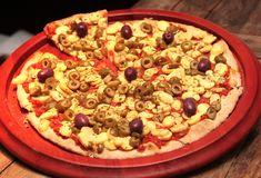 pizza champignon e azeitona