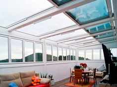 Airclos have the right retractable roof skylight system for every need, which can either have a fixed or moveable design depending on the application. Deck With Pergola, Pergola Shade, Patio Roof, Diy Pergola, Pergola Plans, Pergola Roof, Pergola Kits, Pergola Ideas, Veranda Retractable