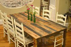 table à manger stylée relookée avec une palette en bois