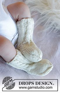 Winter Baby / DROPS Baby 33-12 - Gratis strikkeoppskrifter fra DROPS Design Baby Knitting Patterns, Knitted Socks Free Pattern, Baby Booties Knitting Pattern, Free Knitting, Knitting Socks, Crochet Patterns, Drops Design, Baby Dungarees Pattern, Knit Patterns