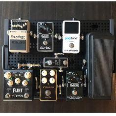 "2,371 Me gusta, 6 comentarios - @geartopia en Instagram: ""Sweet small #pedalboard setup from @runwayaudio cool stuff! #geartopia #Knowyourtone #gearpost…"""