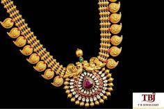 Traditional Mango necklace with uncut Diamonds and Rubies. #tbjewellery #Goldenmoments #diamond #gold #girlslovediamond #jewellery #ruby #antique #necklace #Southindianjewelry