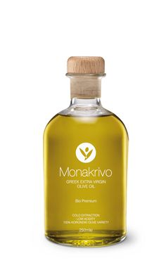 Monakrivo premium extra virgin olive oil from organically grown olive trees. This olive oil has a surprisingly unique natural flavour. Growing Olive Trees, Olive Oil Packaging, Greek Olives, Olive Oil Bottles, Name Design, Recipes From Heaven, Bottle Design, Natural Flavors, Chai
