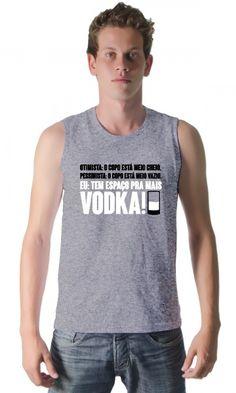 Camiseta - Mais Vodka - Reis Online Camisetas Personalizadas a53fa667a5203