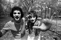 Unseen Photos of Robin Williams as a Mime in Central Park, 1974