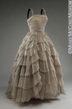 Robe du soir Jacques Griffe Vers 1950, 20e siècle 135.5 cm Don de Mrs. L. M. Hart M966.37.63 © Musée McCord