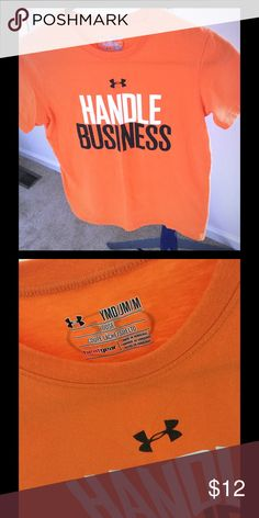"""Hubble business"" UA shirt Great condition, lightweight tee Under Armour Shirts & Tops Tees - Short Sleeve"