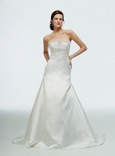 """Snow White"" Wedding Dresses"